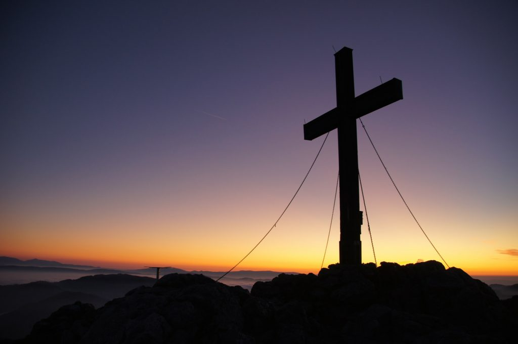 large cross, sunset (Pixabay)