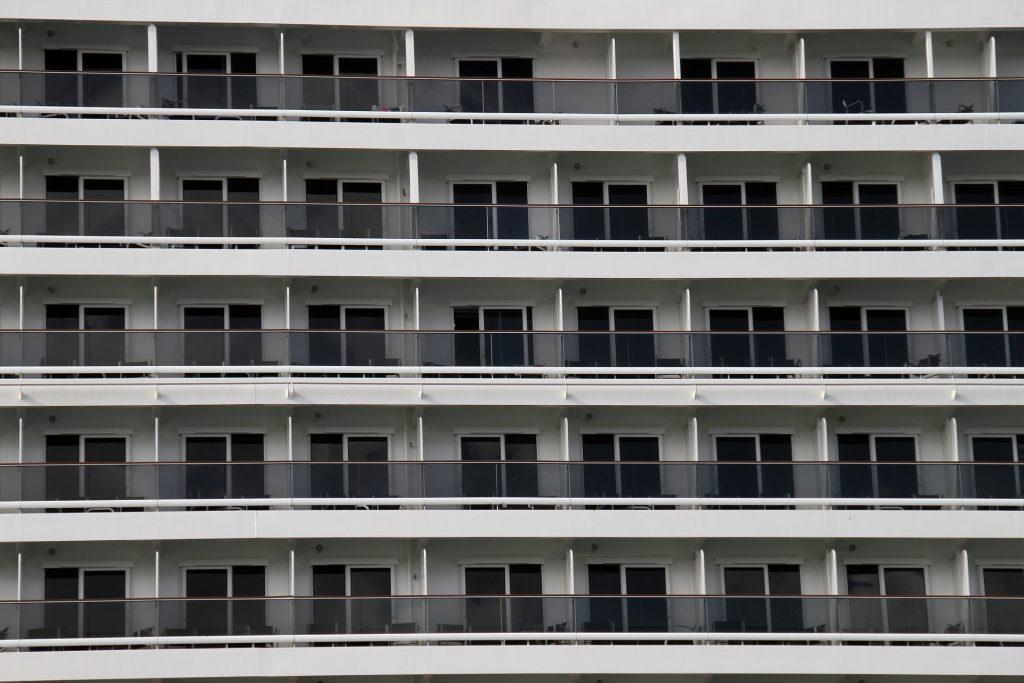 windows to balconies, order (pixabay)